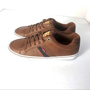 Levis Strauss Comfort Leather Shoe. Brown.  9.5